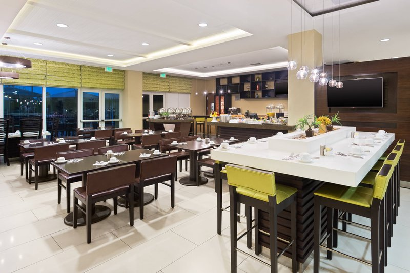 Courtyard by Marriott Kingston-Centro<br/>Image from Leonardo