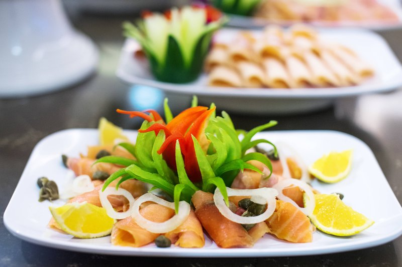 Courtyard by Marriott Kingston-Breakfast Buffet - Salmon<br/>Image from Leonardo