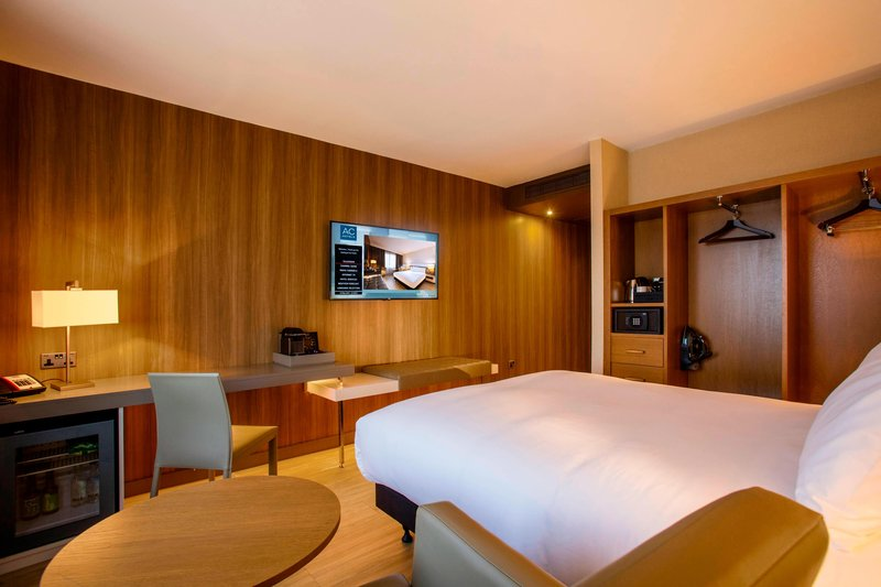 AC Hotel by Marriott Manchester Salford Quays-King Guest Room<br/>Image from Leonardo