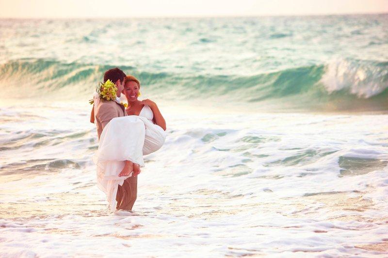 Marriott San Juan Resort - Caribbean Weddings <br/>Image from Leonardo