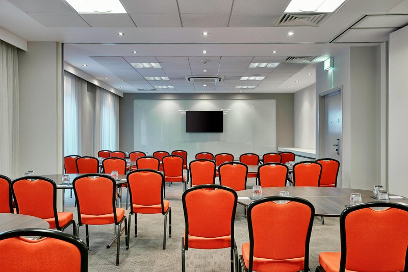 AC Hotel by Marriott Manchester Salford Quays-Meeting Room<br/>Image from Leonardo