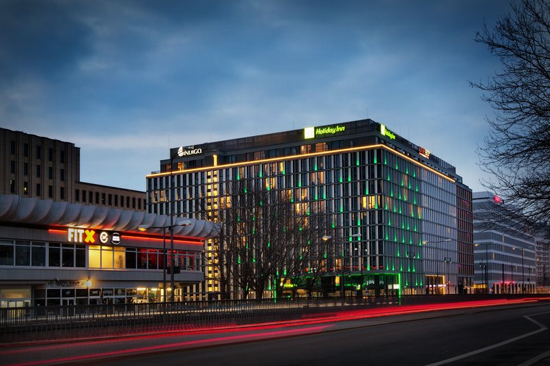 Holiday Inn Berlin Centre Alexanderplatz-Holiday Inn Berlin - Centre Alexanderplatz in cosmopolitan Mitte.<br/>Image from Leonardo