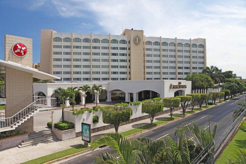 Intercontinental San Salvador - Metrocentro Mall-Hotel Entrance<br/>Image from Leonardo