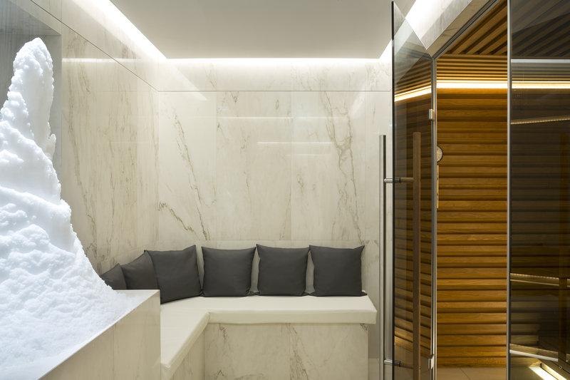 Hotel Majestic Barriere-Spa Diane Barrière<br/>Image from Leonardo