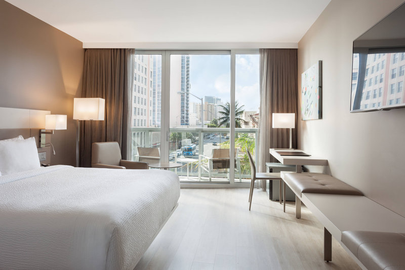 AC Hotel Miami Beach-King City View Guest Room - Balcony<br/>Image from Leonardo
