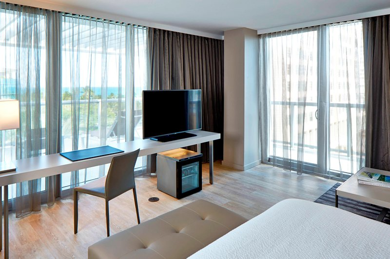 AC Hotel Miami Beach-King Ocean View Suite - Large Balcony<br/>Image from Leonardo