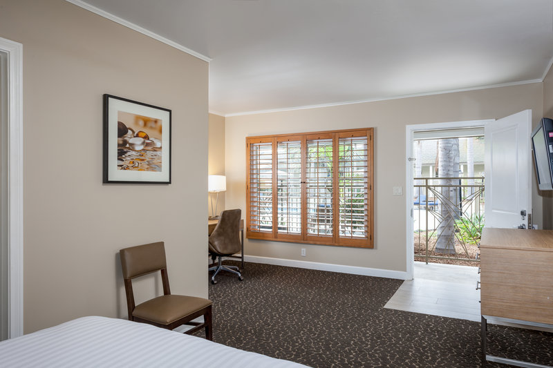 Holiday Inn Express & Suites La Jolla - Beach Area-Enjoy free highspeed Wi-Fi in all of our guest rooms<br/>Image from Leonardo