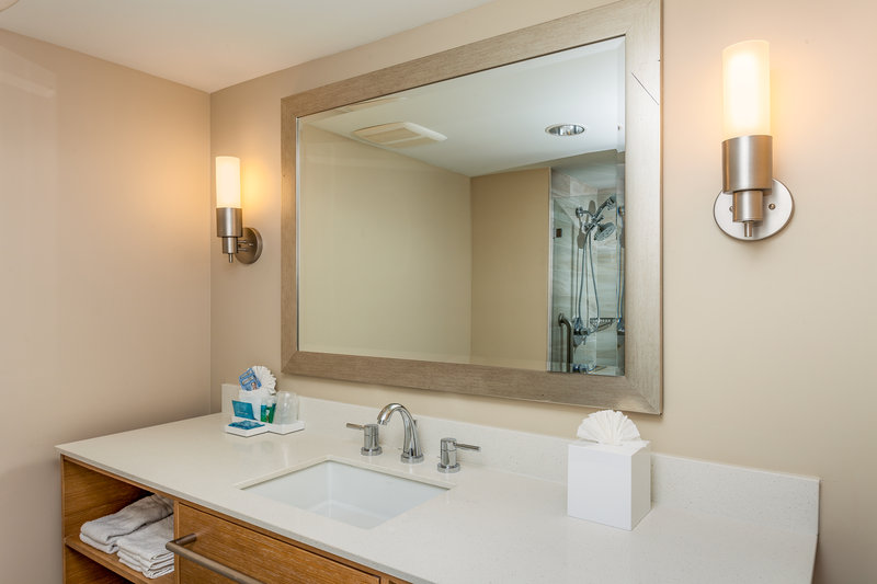 Holiday Inn Express & Suites La Jolla - Beach Area-Newly renovated guest bathrooms feature upgraded bath amenities<br/>Image from Leonardo