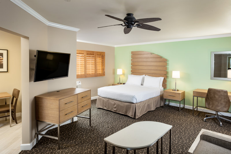 Holiday Inn Express & Suites La Jolla - Beach Area-Enjoy the suite complete with dining nook and sofa sleeper<br/>Image from Leonardo