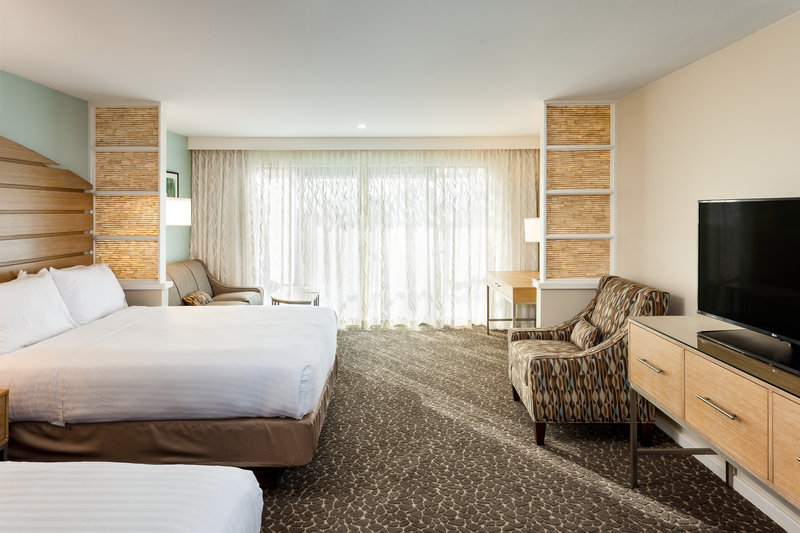 Holiday Inn Express & Suites La Jolla - Beach Area-Our studio suites provide extra space and a sleeper sofa couch<br/>Image from Leonardo