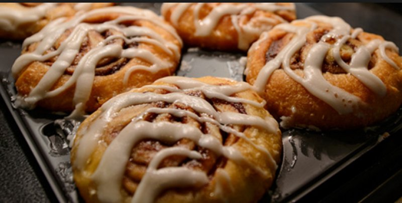 Holiday Inn Express And Suites Nashville Franklin-Start your day with fresh Cinnabon on the breakfast bar<br/>Image from Leonardo