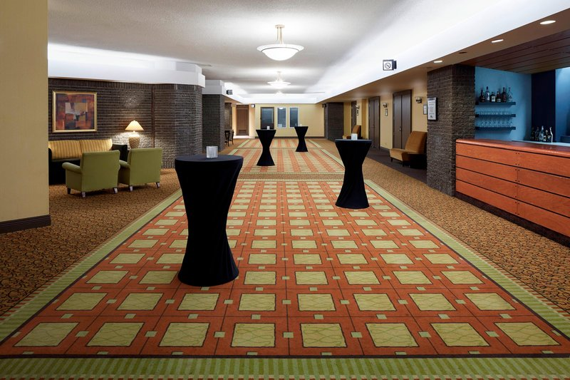 Delta Hotels by Marriott Quebec-Le Foyer - Cocktail Reception<br/>Image from Leonardo