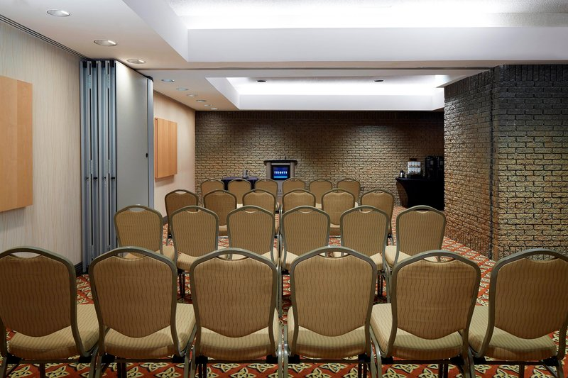 Delta Hotels by Marriott Quebec-Brebeuf - Kent Meeting Rooms - Theater Setup<br/>Image from Leonardo
