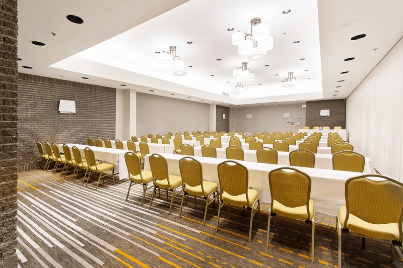 Delta Hotels by Marriott Quebec-Duquesne Meeting Room - Classroom Setup<br/>Image from Leonardo