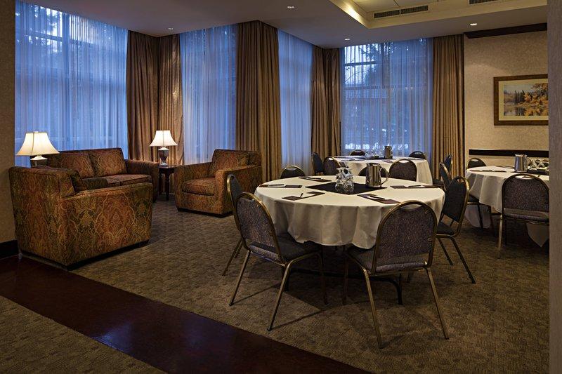 Delta Hotels By Marriott Whistler Village Suites-Raven Meeting Room<br/>Image from Leonardo