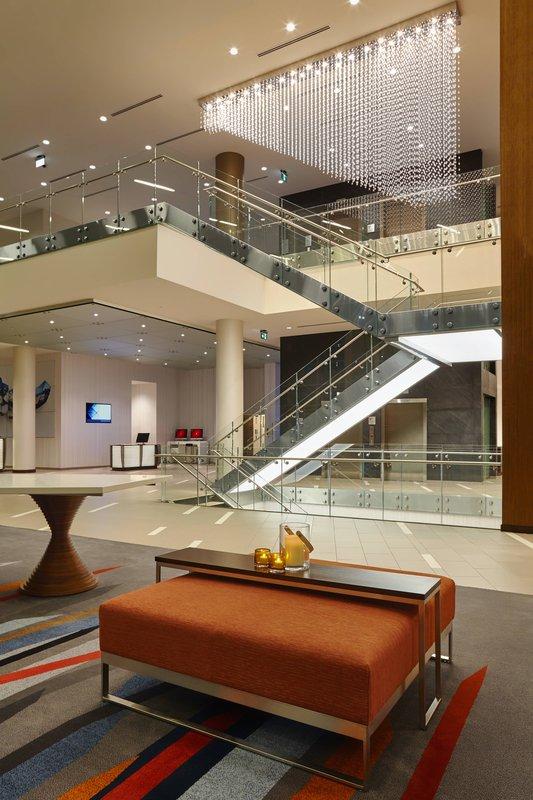 Delta Hotel Calgary Airport In-Terminal-Lobby<br/>Image from Leonardo