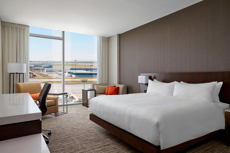 Delta Hotel Calgary Airport In-Terminal-King City View Guest Room<br/>Image from Leonardo
