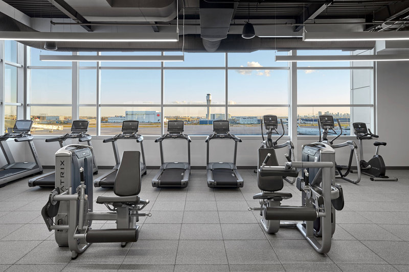 Delta Hotel Calgary Airport In-Terminal-Fitness Center<br/>Image from Leonardo