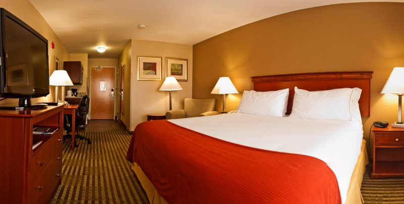 Holiday Inn Express Walla Walla-King room<br/>Image from Leonardo