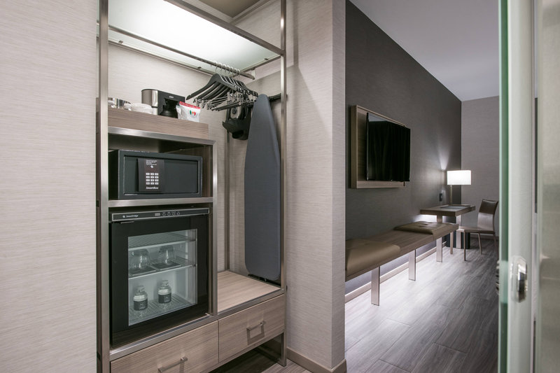 AC Hotel Boston Cambridge-Guest Room - Amenities<br/>Image from Leonardo