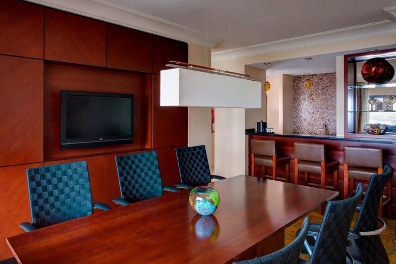 Boston Marriott Copley Place-Presidential Suite Dining Area<br/>Image from Leonardo