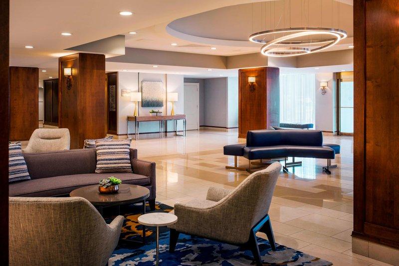 Boston Marriott Newton-Lobby<br/>Image from Leonardo
