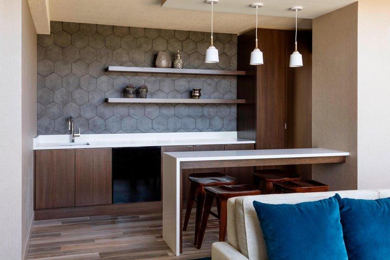 Boston Marriott Newton-Presidential Suite - Dining Area<br/>Image from Leonardo