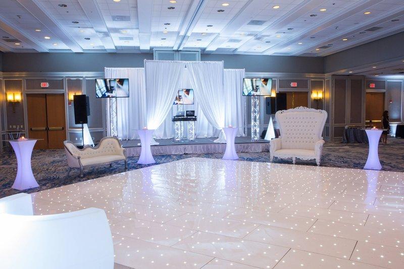 Boston Marriott Newton-Grand Ballroom - Salon D or E<br/>Image from Leonardo