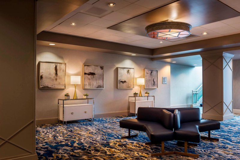 Boston Marriott Newton-Commonwealth Ballroom - Foyer<br/>Image from Leonardo