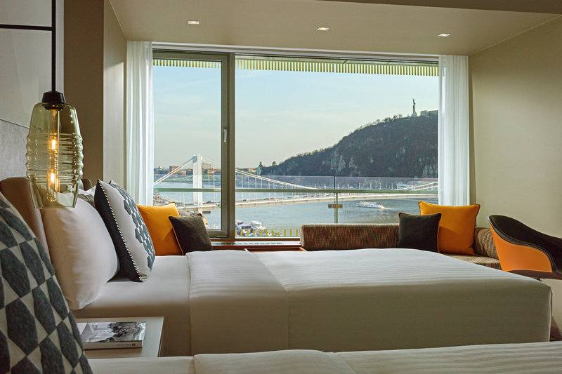 Budapest Marriott Hotel-Twin/Twin Deluxe Guest Room<br/>Image from Leonardo