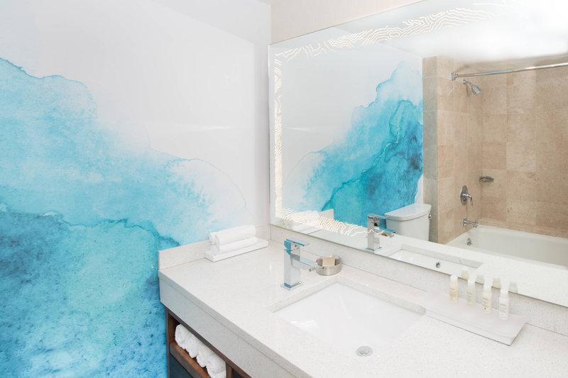 Renaissance Newport Beach Hotel-Double/Double Guest Room - Bathroom<br/>Image from Leonardo