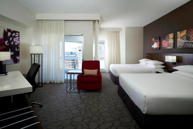Delta Hotels by Marriott Montreal - Queen/Queen Club Floor Guest Room <br/>Image from Leonardo