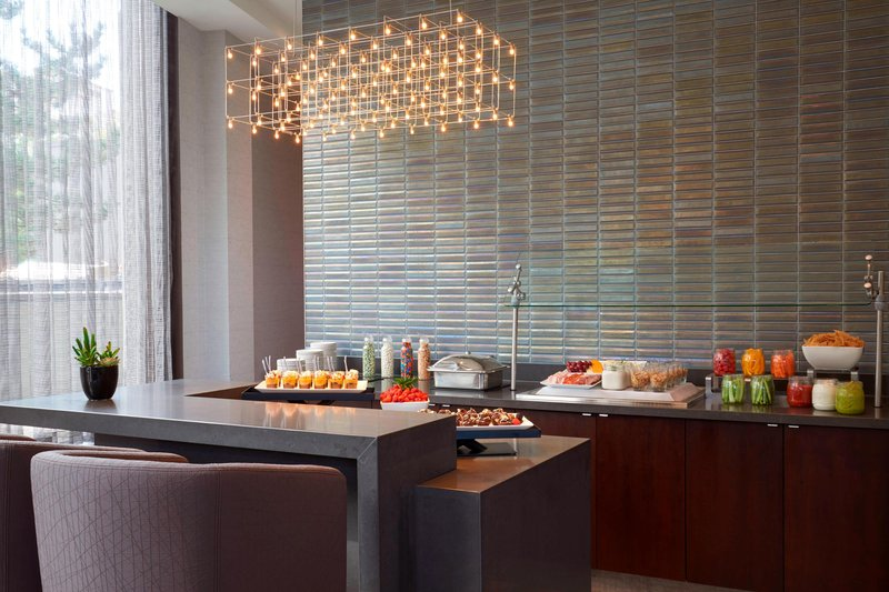 Marriott Toronto Airport Hotel-Concierge Level Dining Area<br/>Image from Leonardo