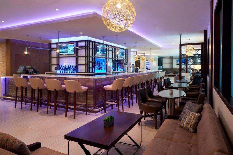 Marriott Toronto Airport Hotel-Greatroom - Bar<br/>Image from Leonardo