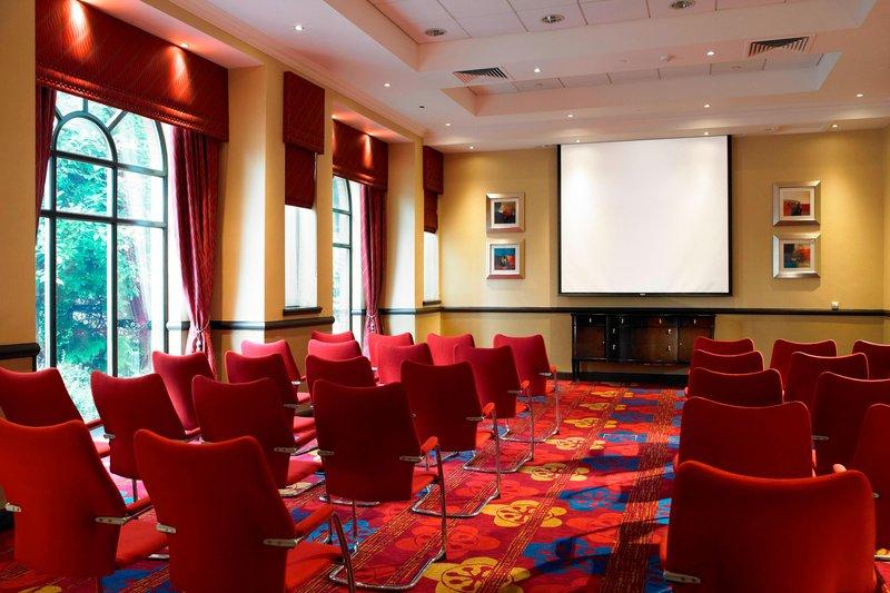 Marriott Glasgow-Waverley Room - Theatre Setup<br/>Image from Leonardo