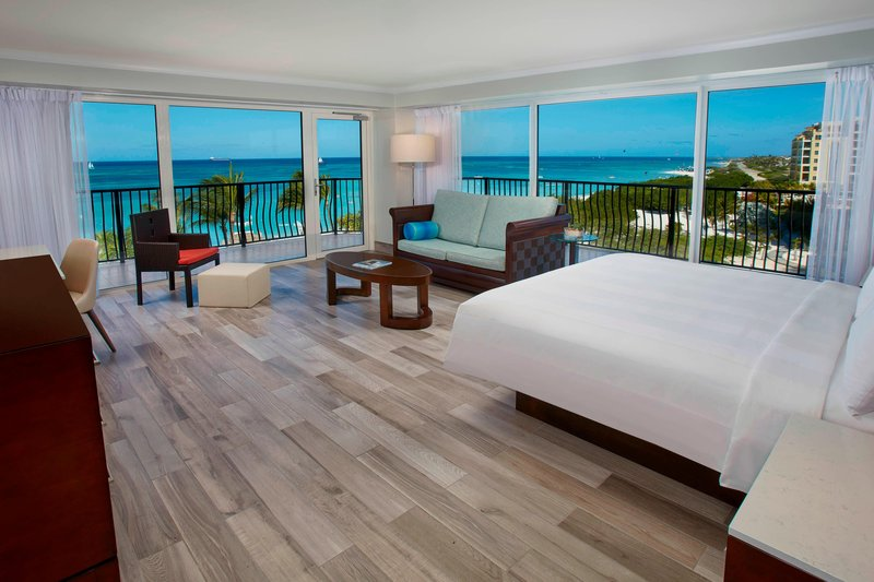 Aruba Marriott Resort - Junior Suite <br/>Image from Leonardo