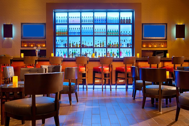 Aruba Marriott Resort - Lounge 101 <br/>Image from Leonardo