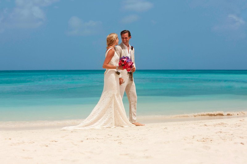 Aruba Marriott Resort - Oceanfront Weddings <br/>Image from Leonardo