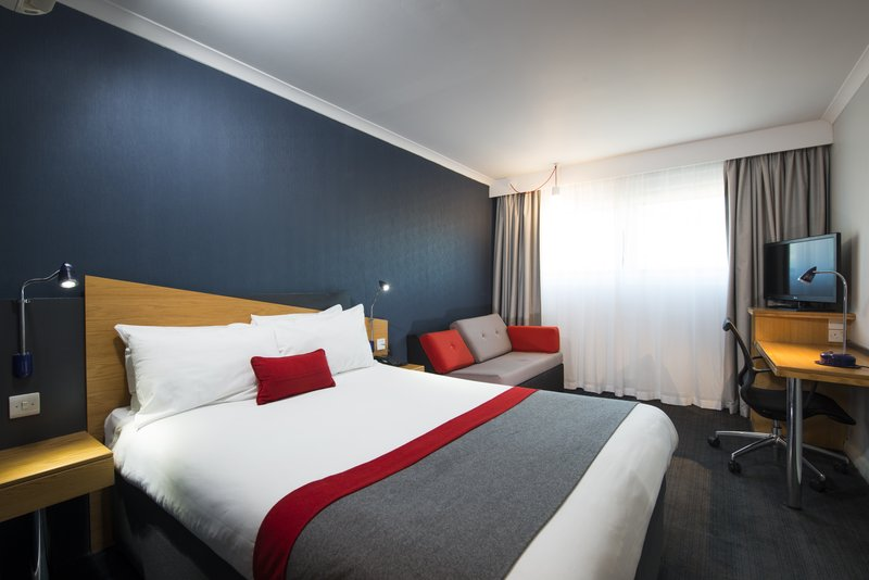 Holiday Inn Express Stoke On Trent-Guest Room<br/>Image from Leonardo