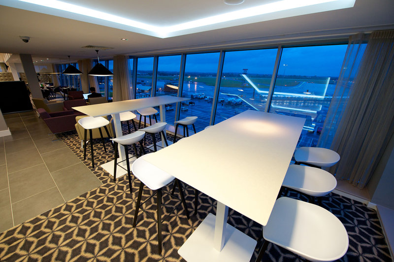 Holiday Inn Southend-Bar and Lounge<br/>Image from Leonardo
