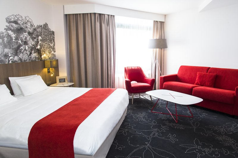 Holiday Inn Calais - Coquelles-Guest Room<br/>Image from Leonardo