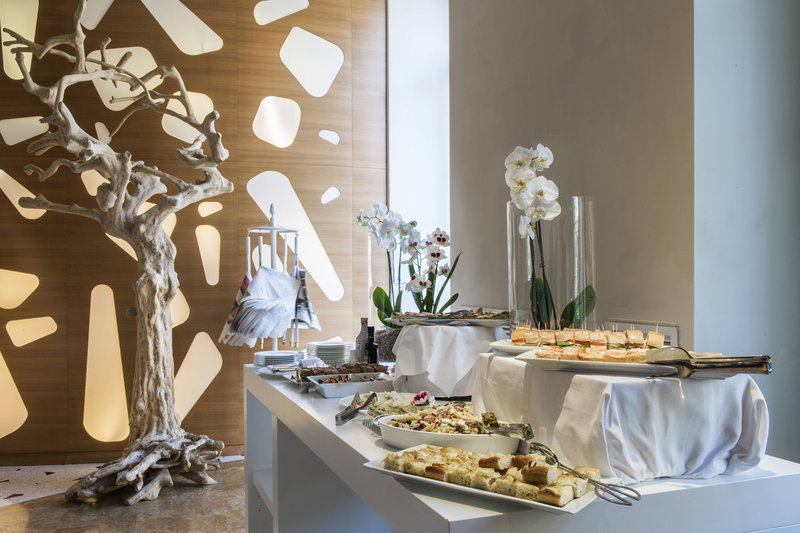 Boscolo Exedra Nice-Bar Genesi - Buffet<br/>Image from Leonardo