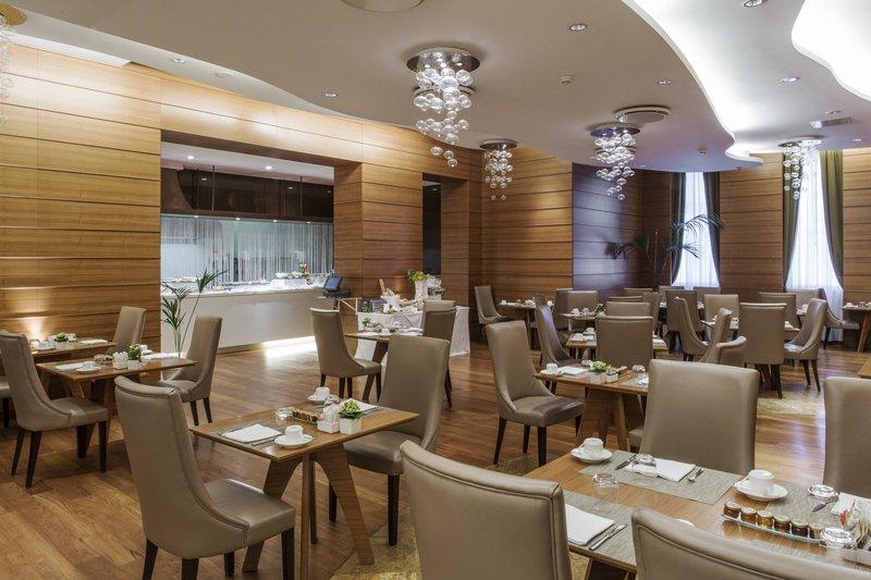 Boscolo Exedra Nice-Atmosphere Breakfast Room<br/>Image from Leonardo