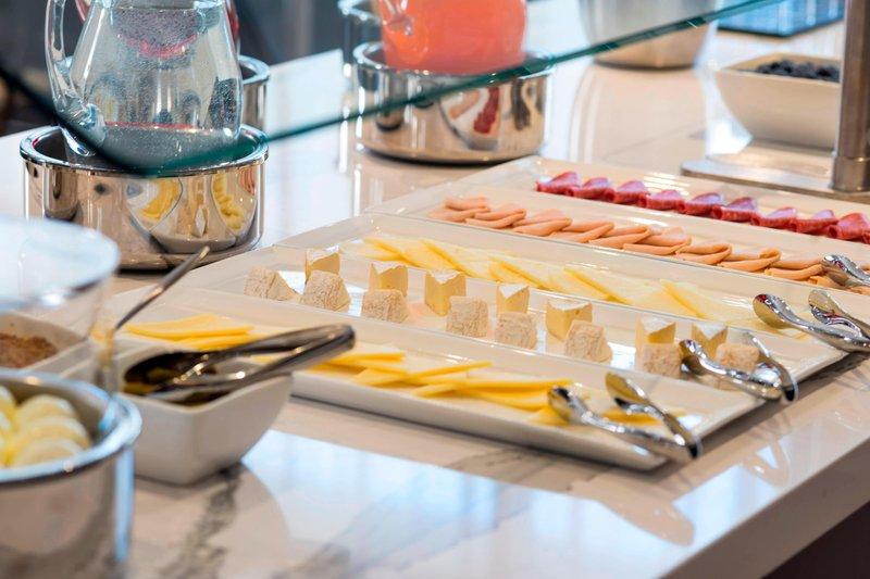 AC Hotel Boston Downtown-AC Kitchen - Cuisine<br/>Image from Leonardo