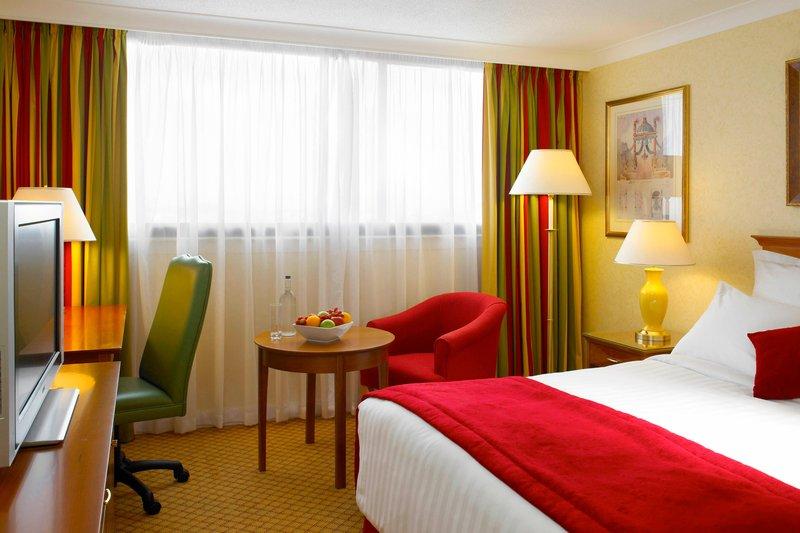 Marriott Cardiff Hotel-Deluxe Queen Guest Room<br/>Image from Leonardo