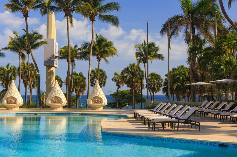 Renaissance St Domingo Jaragua Hotel-Outdoor Pool<br/>Image from Leonardo