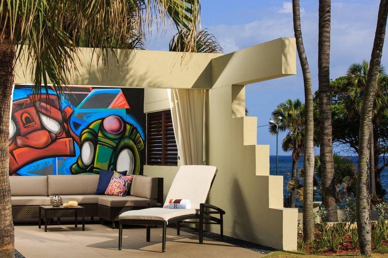 Renaissance St Domingo Jaragua Hotel-Pool Cabanas<br/>Image from Leonardo