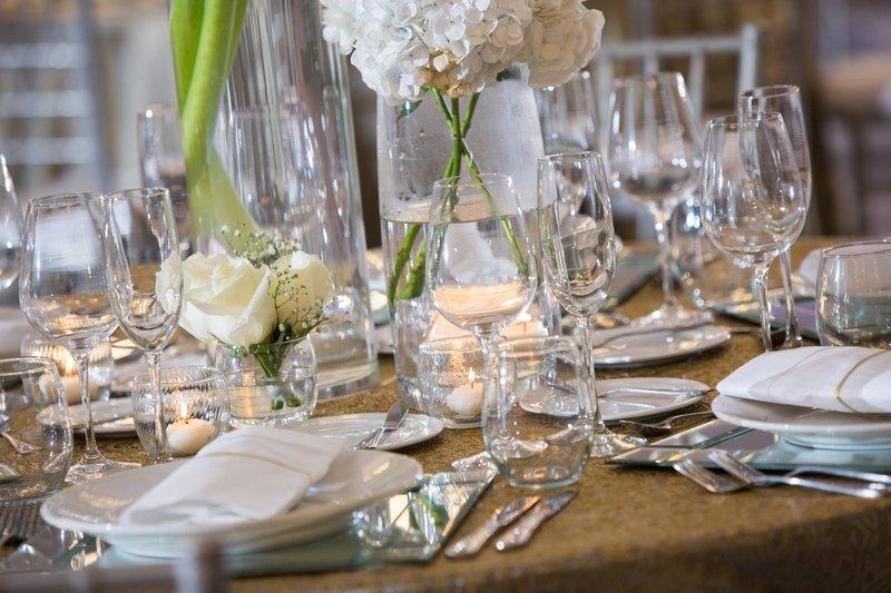 Renaissance St Domingo Jaragua Hotel-Wedding Reception Table<br/>Image from Leonardo
