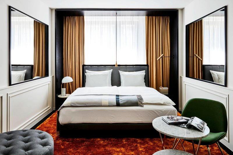 Autograph Collection Roomers Munich-Deluxe Guest Room<br/>Image from Leonardo