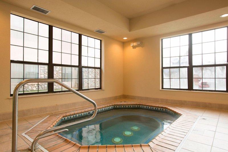 Holiday Inn Hotel & Suites Durango Central-Indoor Whirlpool<br/>Image from Leonardo